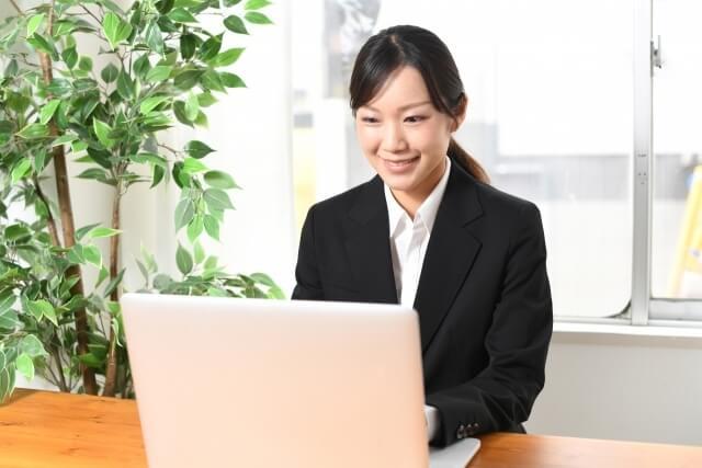 【お役立ち情報】オンライン面接へシフトする採用市場における調査専門会社の活用
